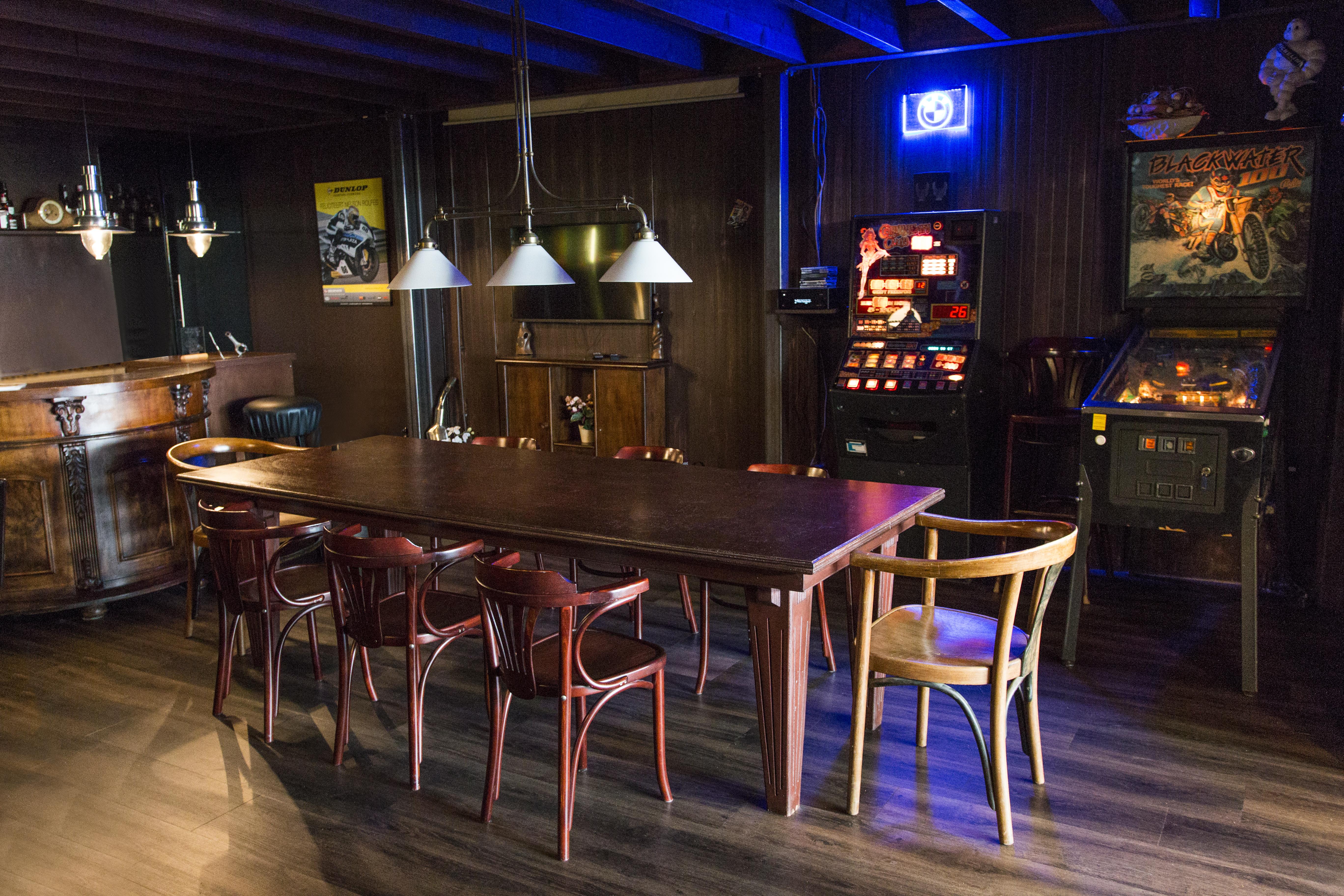 antiloop-cafe.jpg